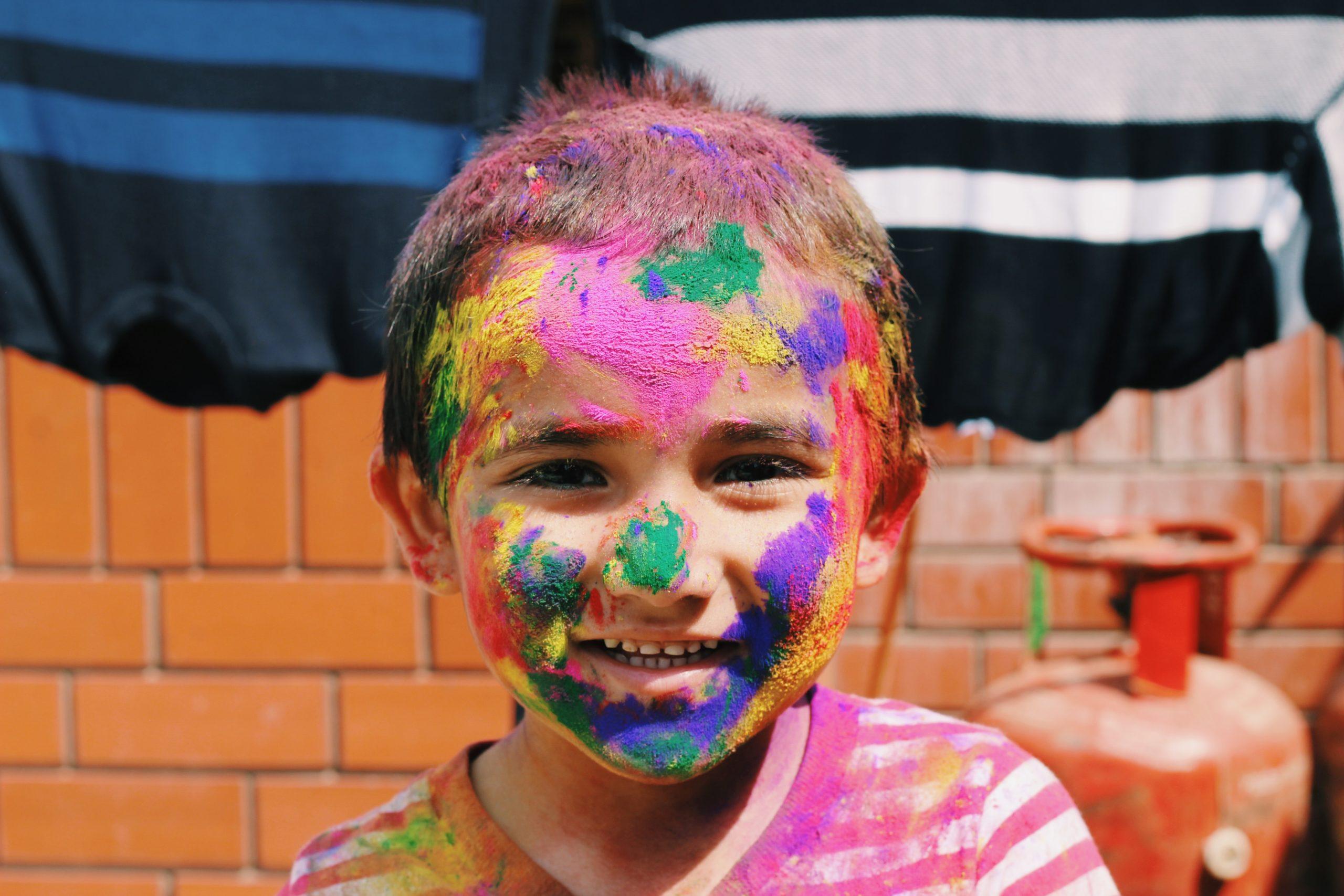Pintarse la cara color esperanza